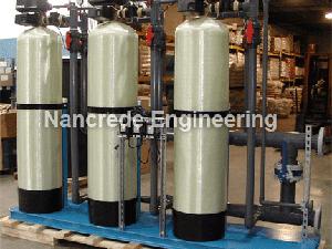 Commercial-Triple-Fiberglass-Water-Softener-with-2900-Fleck-Valve